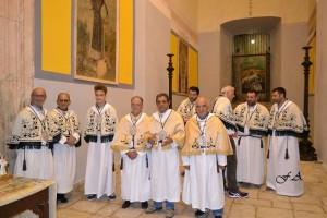 Alcuni Confratelli in preparazione della Processione della Madonna del Carmine 2016.