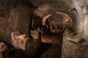 Ingresso Catacombe riportato alla luce nel 1999.